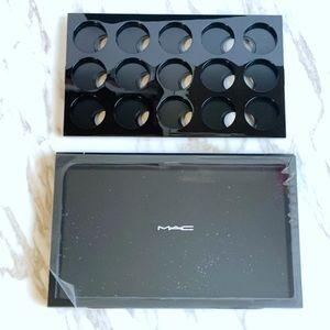 MAC Pro Palette Large Eye Shadow x 15 Set
